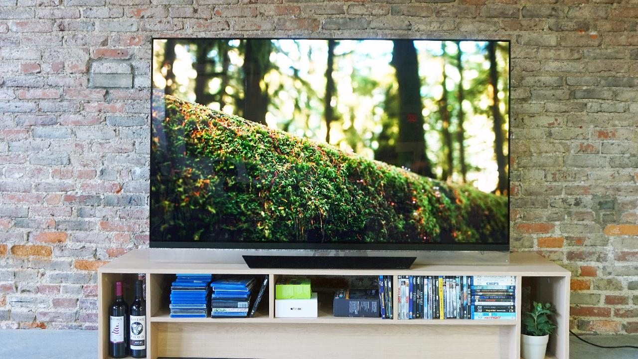 LG OLED65E8PUA Review 2018 - The NEW King Of 4k OLED For 2018